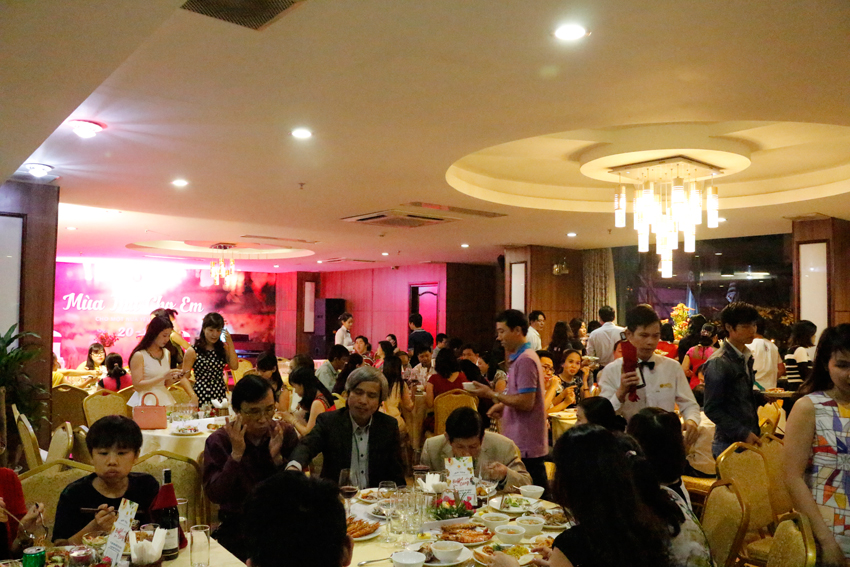 GALA DINNER TẠI KS MIDTOWN